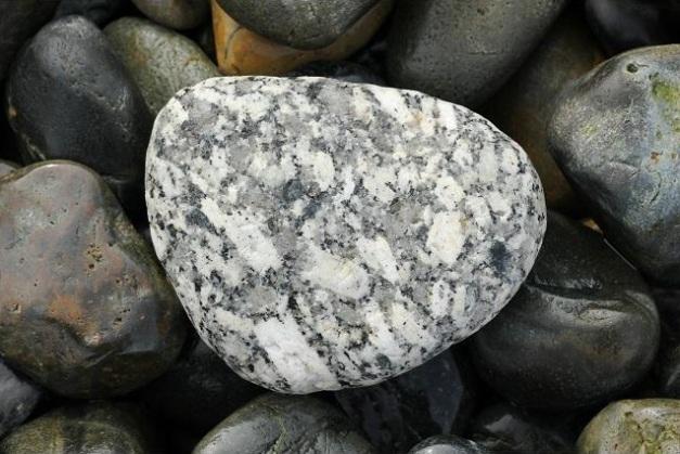 granite_pebble_24-08-11_1