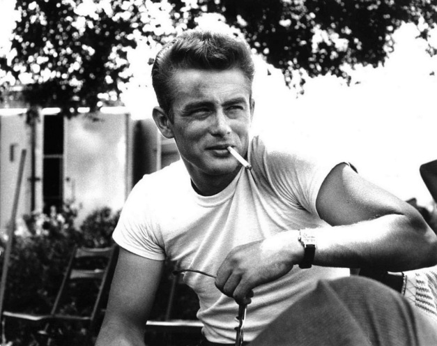 James-Dean-Smoking