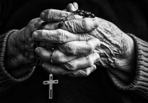 old_hands_by_neledesaeger-d69pqlu